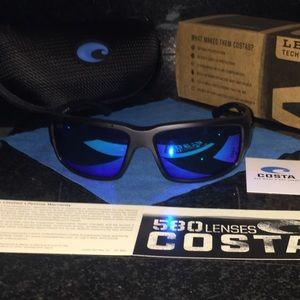 Costa Fantail 580p black/blue mirror lenses